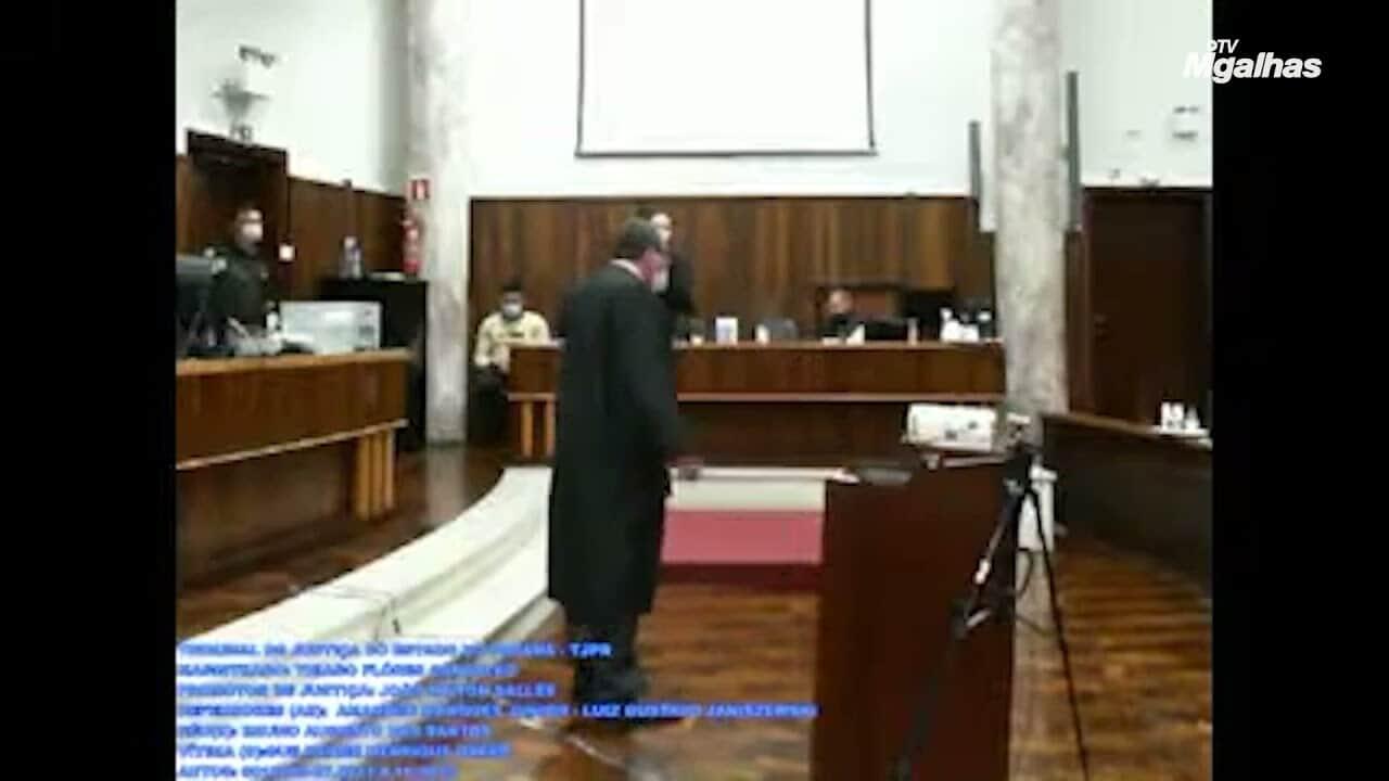 """""""Estou cagando se está se ofendendo"""", diz promotor a advogado"""