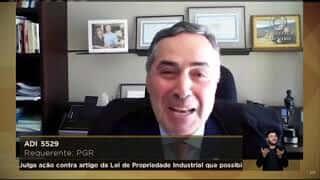 """""""Sei como se sente"""", diz Barroso a Marco Aurélio sobre voto vencido"""