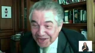 """Advogado chama Marco Aurélio de desembargador; decano agradece: """"honra"""""""