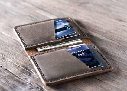 Devedores de pensão alimentícia têm suspensos cartões de crédito e CNH