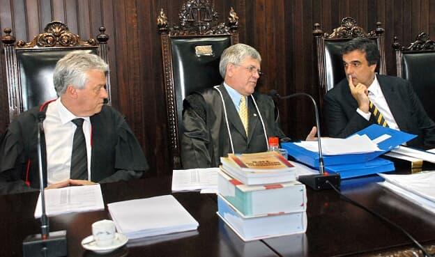 Ministro da Justiça visita desembargadores do TJ/PR