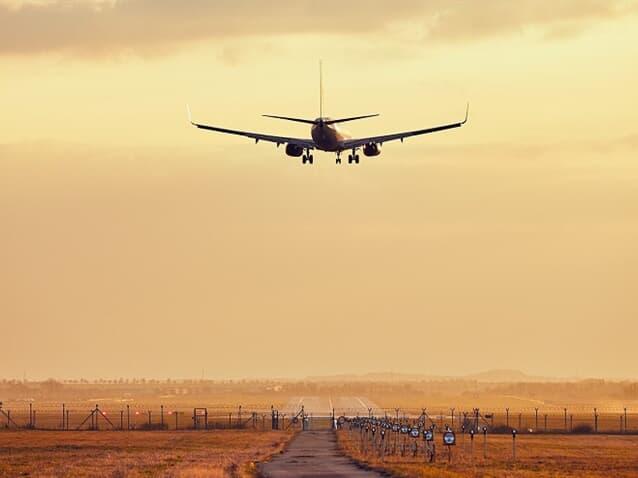 Cia aérea é condenada por cancelar voo que faria transporte de corpo