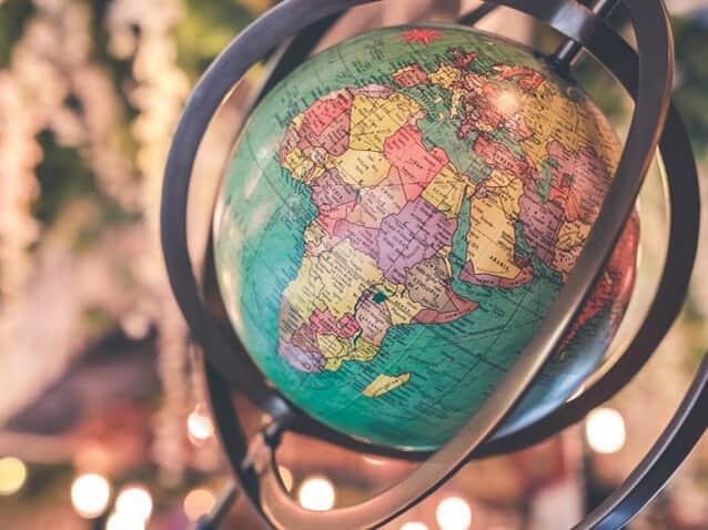 Advogada reforça a importância da proteção de dados ao redor do mundo