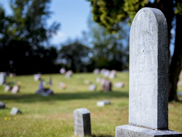 Reconhecido direito de uso de jazigo perpétuo em cemitério municipal