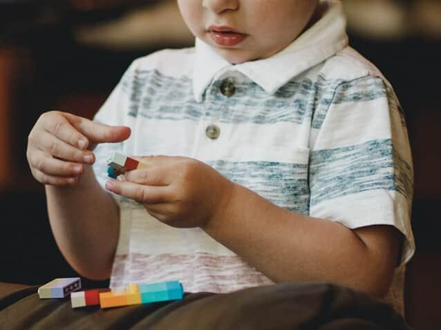 Estado e município devem fornecer tratamento a paciente com autismo
