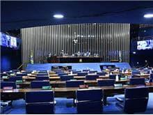 Senado aprova projeto que revoga a lei de segurança nacional