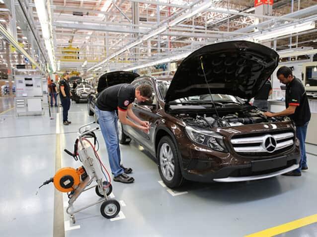 Trench Rossi Watanabe assessora venda de fábrica da Mercedes-Benz
