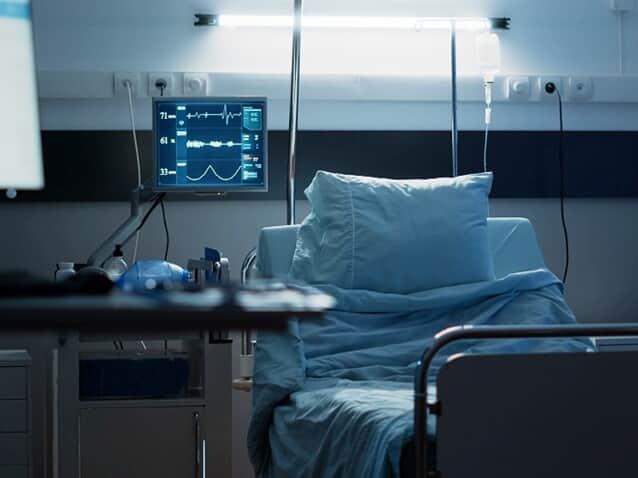 Covid: Paciente hospitalizada poderá receber visita virtual da família
