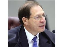 Salomão vota pela natureza taxativa do rol de procedimentos da ANS