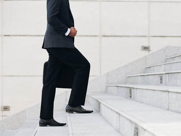 Ministro reforma acórdão e fixa honorários em 10% do proveito obtido
