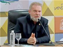 STJ afasta governador do TO em ação sobre desvios em plano de saúde
