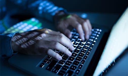 Investigação de crimes contra honra nas redes sociais e quebra de sigilo telemático para atribuição de autoria delitiva