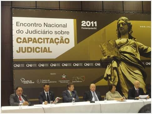 Criada Escola Judicial da América Latina
