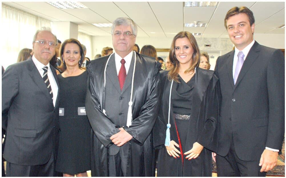 Juíza substituta Elisa Matiotti Polli é empossada na sede do TJ/PR