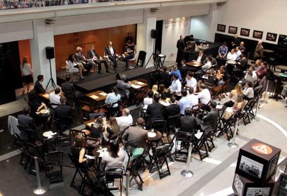 """""""Roda de bar"""": Comissão de Jovens Advogados da AASP promoveu mais um evento"""