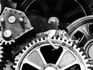 """Filme """"Tempos Modernos"""", de Charles Chaplin, completa 80 anos. Modernizamos?"""