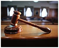 Promotor de Justiça agride advogado durante audiência