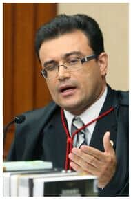 TSE - Ministro julga improcedente representação contra presidente Lula e ministra Dilma Rousseff por propaganda antecipada