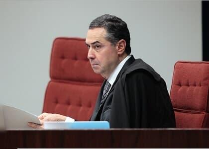 Ministro Barroso nega revogar prisões dos amigos de Temer