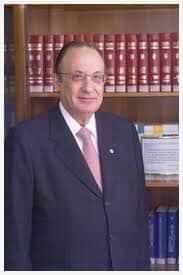Rubens Approbato Machado recebe homenagem da ESA