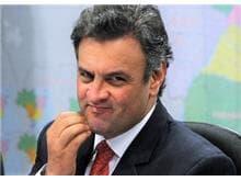 Ministro Marco Aurélio manda Aécio de volta para o Senado