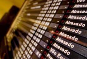 Gol e CVC indenizarão por negarem auxílio após atraso em voo