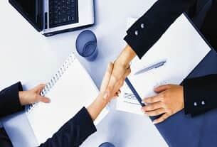 A governança corporativa na gestão de pequenas e médias empresas