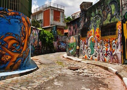 Grafiteiro será indenizado por obra atribuída a outro artista em editorial da Vogue