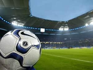 Os direitos de arena e de imagem dos atletas profissionais de futebol