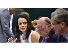 Miguel Reale Júnior e Janaina Paschoal reafirmam na Câmara denúncias contra Dilma