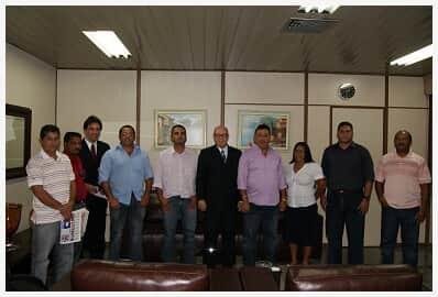 Presidente do TJ/AP recebe visita de cortesia do prefeito e de vereadores do município de Amapá