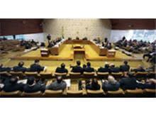 STF adia julgamento de ações contra nova distribuição de deputados Federais