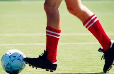O controle de jornada dos atletas profissionais de futebol