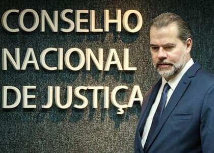 CNJ suspende prazos processuais no país até 30 de abril