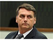 Com empate, Moraes pede vista de denúncia contra Bolsonaro por racismo