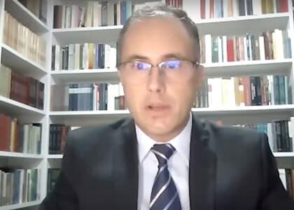 Decreto não autoriza municípios a proibirem tudo como estão fazendo, critica advogado