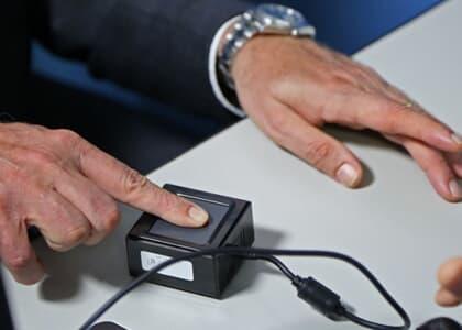 TJ/CE dispensa identificação digital para prevenir contágio do coronavírus