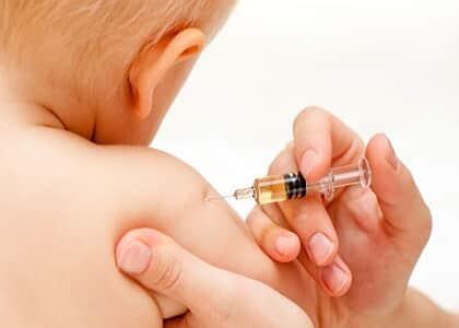 A autonomia dos pais e a vacinação dos filhos