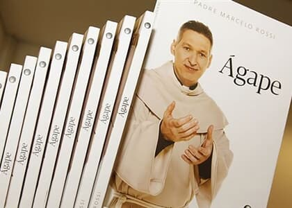 Suspensa venda de livros de padre Marcelo Rossi por violação de direito autoral