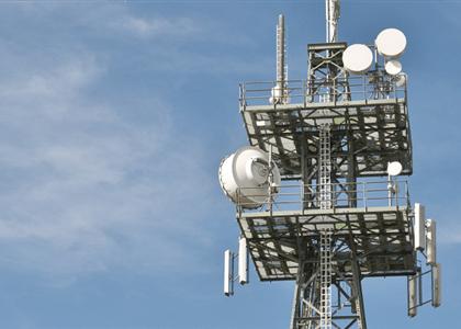 Falha em serviço isenta emissora de multa por rescisão contratual