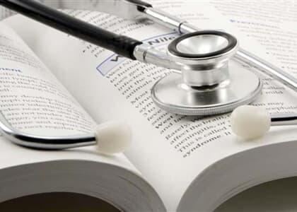 Justiça de SP determina redução de 50% em mensalidade de curso de medicina
