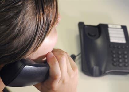 Cia telefônica deve permitir mudança para plano de menor valor por meio de site ou aplicativo