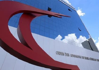"""OAB repudia declaração de Bolsonaro de que exame de Ordem é """"caça-níquel"""""""