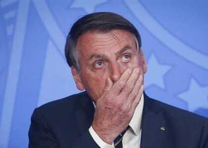 Associação de juristas faz representação ao MP para interditar Bolsonaro