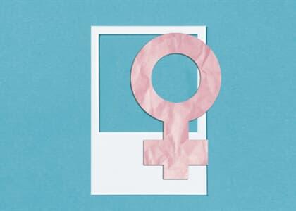 Há poucas lideranças femininas porque as mulheres são impedidas de ocupar o espaço público