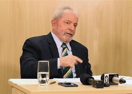 """Lula: """"A desgraça de quem conta a primeira mentira é que passa o resto da vida mentindo para justificar a primeira"""""""