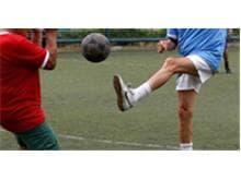 Machado Meyer Advogados promove inclusão de idosos por meio do futebol