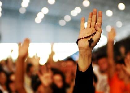 Juiz de SP proíbe missas, cultos e outras celebrações religiosas