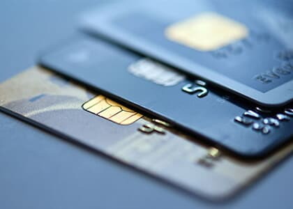 Banco Central altera regras sobre fatura de cartões de uso internacional