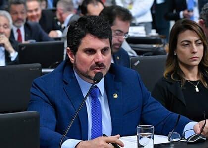 Senador apresenta relatório de projeto do pacote anticrime à CCJ